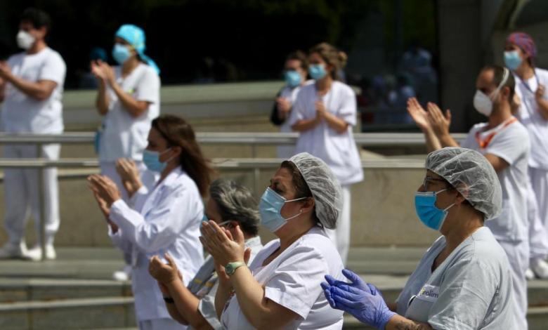 un-centenar-de-medicos-se-manifiestan-en-madrid-para-exigir-al-gobierno-mas-inversiones-en-la-sanidad