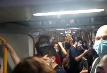 Photo of Viajeros de Metro de Madrid quedan atrapados durante 15 minutos en un tren abarrotado sin poder guardar la distancia de seguridad