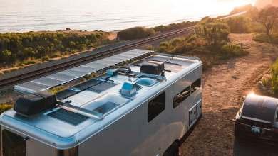 Photo of Living Vehicle presenta una caravana de lujo capaz de cargar tu coche eléctrico