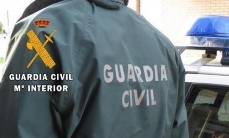 muere-un-joven-tras-recibir-un-disparo-de-un-guardia-civil-al-que-habia-atacado-con-cuchillos