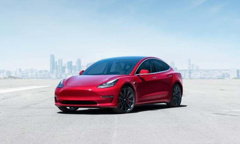 el-tesla-model-3-vuelve-a-ser-el-coche-electrico-mas-vendido,-y-el-volkswagen-id.3-despega