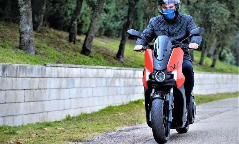 seat-da-a-conocer-todos-los-datos-de-su-scooter-electrico,-la-mo-escooter-125
