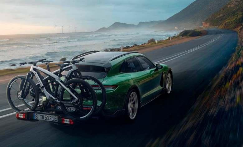 porsche-presenta-dos-bicicletas-electricas,-ebike-sport-y-ebike-cross,-inspiradas-en-el-taycan