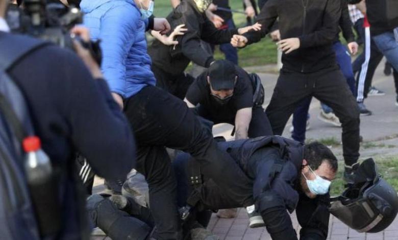 el-perfil-de-los-13-detenidos-en-vallecas:-miembros-de-bukaneros,-antecedentes-por-lesiones-y-uno-por-abusos-sexuales