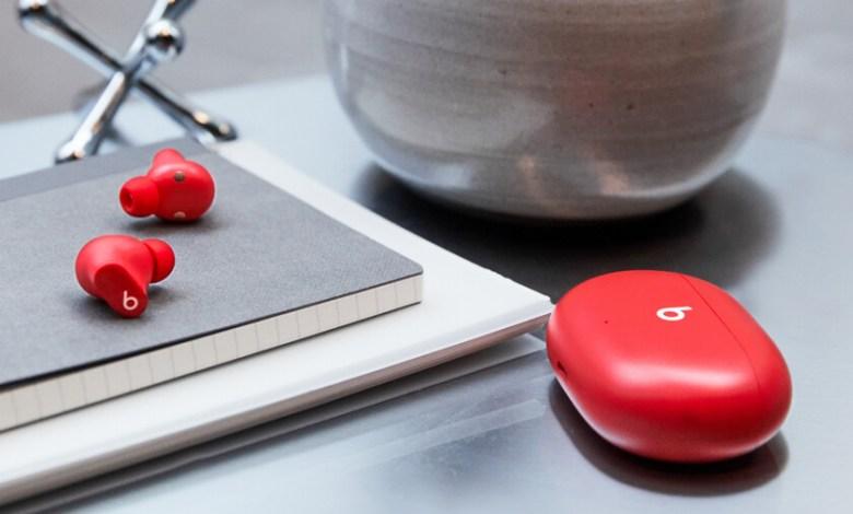 beats-studio-buds:-los-nuevos-auriculares-inalambricos-de-apple-tienen-cancelacion-de-ruido-y-son-compatibles-con-ios-y-android