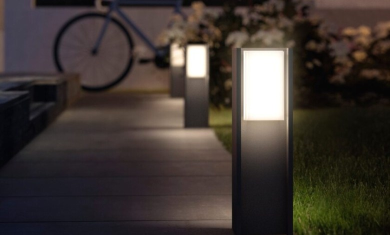 iluminacion-conectada-para-exterior:-guia-de-compra-de-leds-para-disfrutar-de-tu-jardin-o-terraza-este-verano