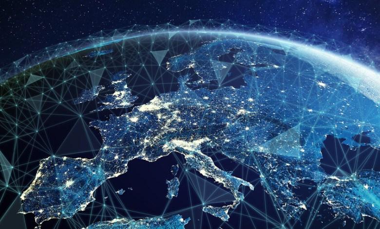 ley-europea-de-chips,-ciberresiliencia-y-libertad-de-prensa:-las-nuevas-leyes-para-el-mundo-digital-que-prepara-la-union-europea-para-2022