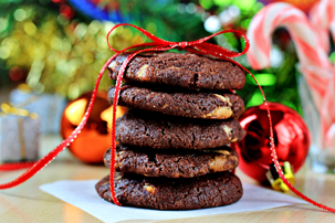 chocolate-cookies-with-nuts-and-white-chocolate-chunks-step-by-step-recipe