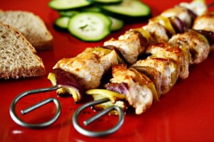 chicken kebab recipe with step by step pictures and list of ingredients, homemade chicken kebab, chicken skewers, roasted chicken and vegetable skewers recipe, pictures, images