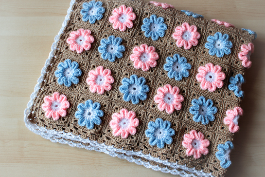 crochet-3D-flower-blanket-pattern