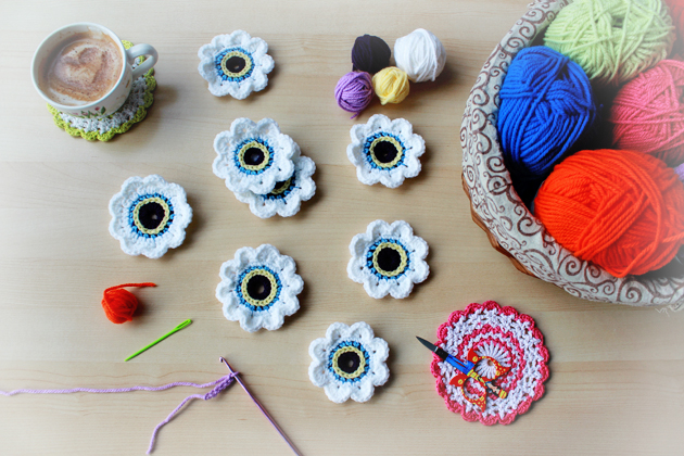 crocheted eyes for crochet owl cushion