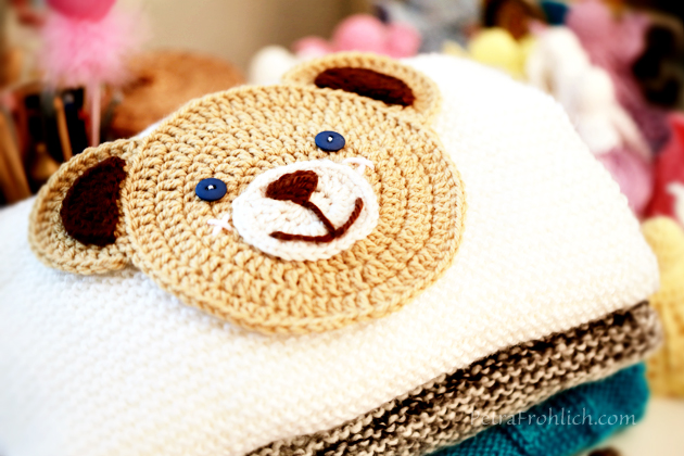 knit-pullovers-crocheted-teddy-bear-applique