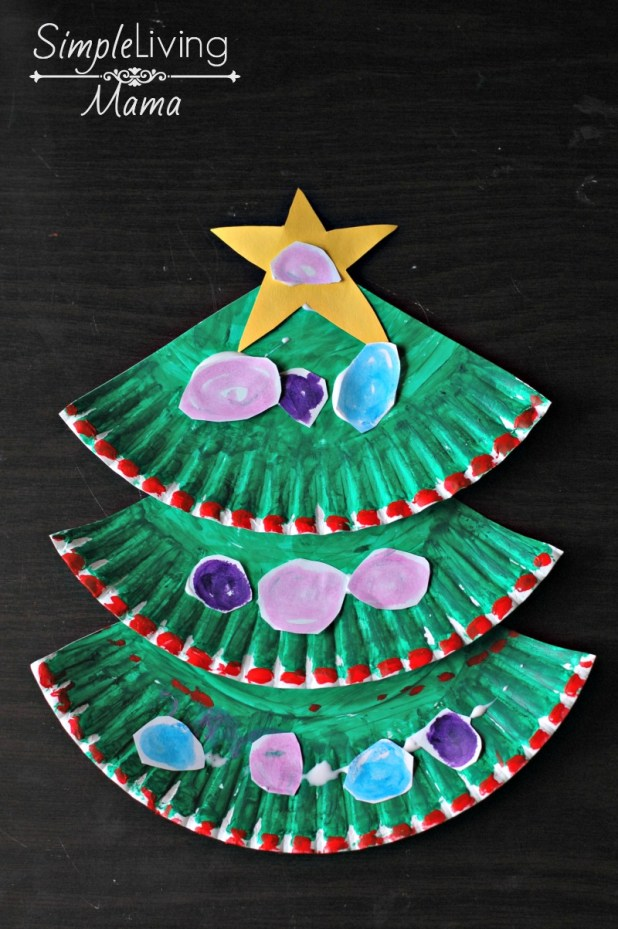 Easy Footprint Christmas Tree >> 12 Super Cute DIY Christmas Crafts For Kids To Make - ZoomZee.org