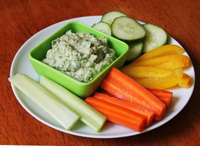 Avocado Dip with Raw Veggies