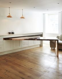 Fold-out dinning table