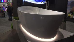 Toto Floating Tub