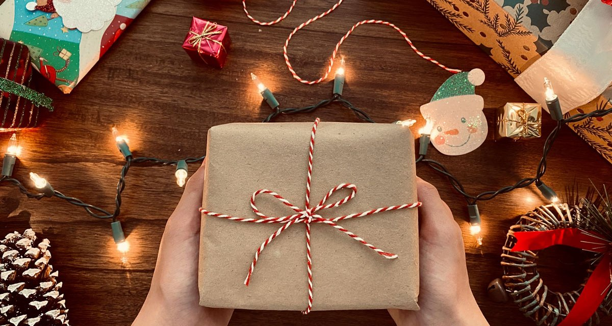 3 Ways You Can Support Local Businesses This Holiday Season, November 2020