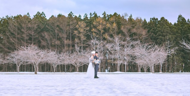 Oversea Engagement Portrait. Japan 青森冬天 Aomori Oversea Prewedding photo taken by zOO - Cheric K. 香港婚禮攝影 JTB Project Wedding 日本國家旅遊局 Winter Snow