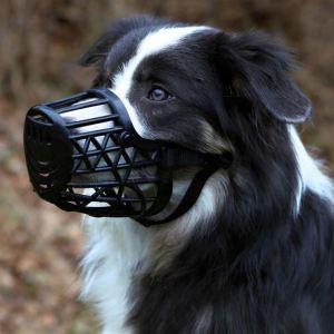 Намордник для собак Trixie черный, пластиковый