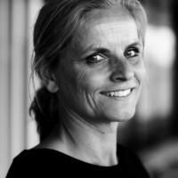 mr. drs. Susanne van den Hooff