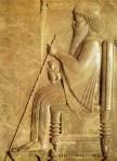 Dareios på Tronreliefen i Persepolis - Foto Ashk Dahlén