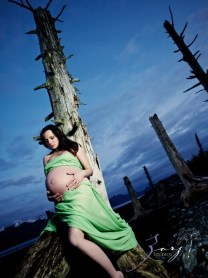 Destination Maternity: Alaskan, Russian, Tough, Pregnant. By Zorz Studios. (55)