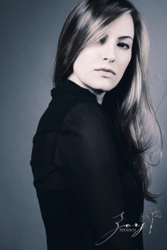 Effortless, Powerful, Classic: Beauty Portraiture (16)