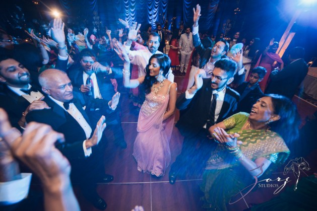Phillyng in Love: Shruti + Milan = Indian Wedding by Zorz Studios (24)