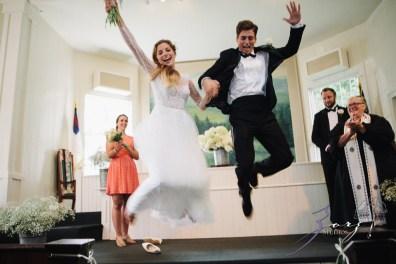 Wolke 9: Jana + David = German-American Rustic Wedding in Vermont by Zorz Studios (81)