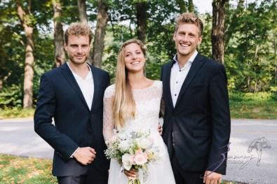 Wolke 9: Jana + David = German-American Rustic Wedding in Vermont by Zorz Studios (64)