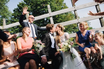 Wolke 9: Jana + David = German-American Rustic Wedding in Vermont by Zorz Studios (57)