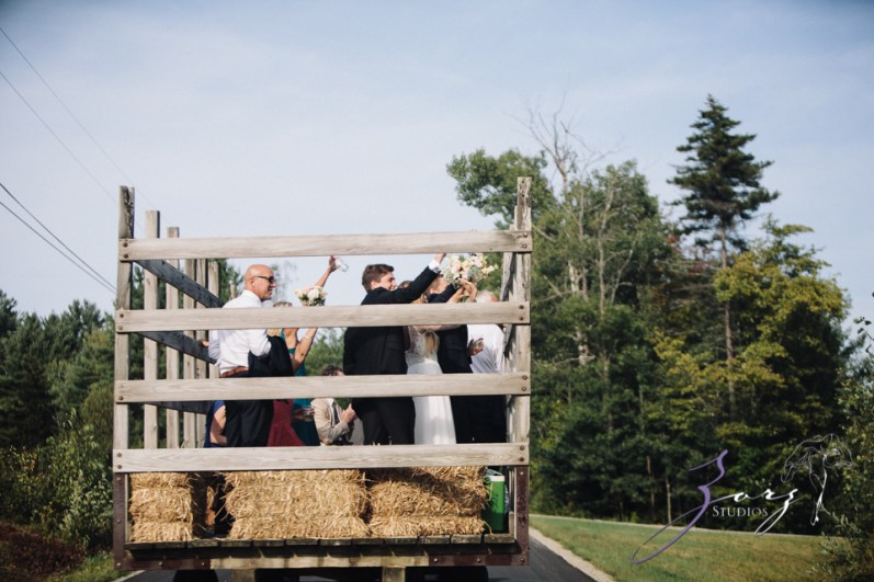 Wolke 9: Jana + David = German-American Rustic Wedding in Vermont by Zorz Studios (52)