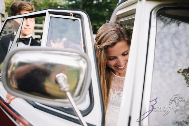 Wolke 9: Jana + David = German-American Rustic Wedding in Vermont by Zorz Studios (39)