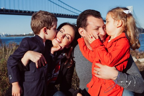 Double Shot: Family Portraits for a Fellow Photographer by Zorz Studios (31)