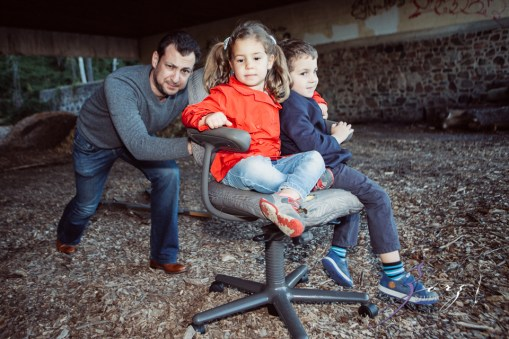 Double Shot: Family Portraits for a Fellow Photographer by Zorz Studios (9)