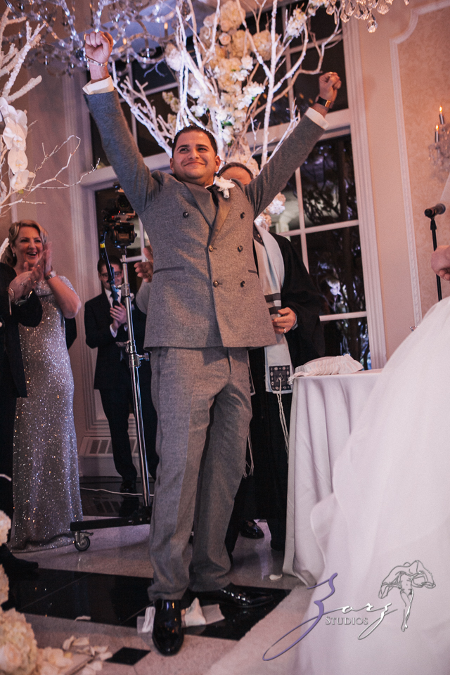 AA Batteries Included: Anna + Alex = Supercharged Wedding (37)