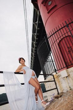 Cassis: Little Red Lighthouse Maternity Session by Zorz Studios (25)
