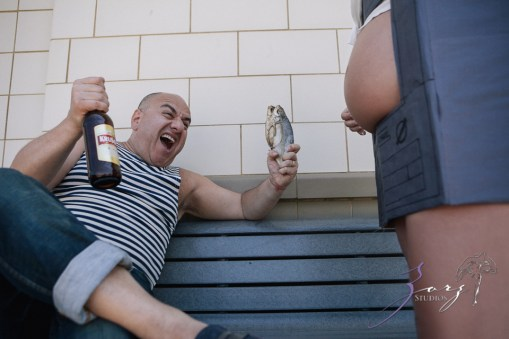 WTH: Wacky Maternity Session by Zorz Studios (10)