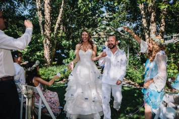 Birth of Venus: Alexandra + Ricardo = Rustic Wedding by Zorz Studios (50)