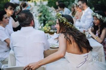Birth of Venus: Alexandra + Ricardo = Rustic Wedding by Zorz Studios (26)