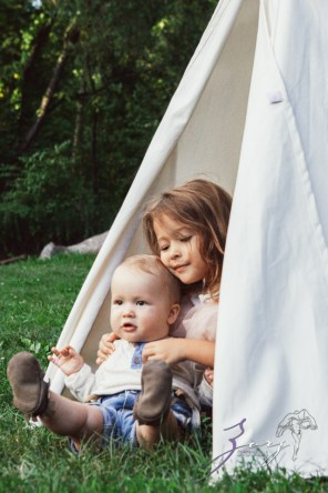 Teepee: Bohemian Family Photoshoot by Zorz Studios (37)