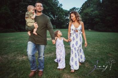 Teepee: Bohemian Family Photoshoot by Zorz Studios (11)
