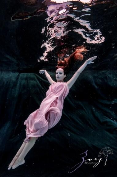 Sweetwater: Sweet 16 Underwater Photoshoot by Zorz Studios (21)