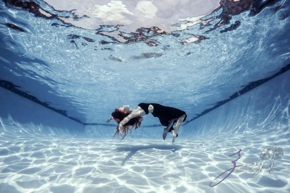 Sweetwater: Sweet 16 Underwater Photoshoot by Zorz Studios (2)