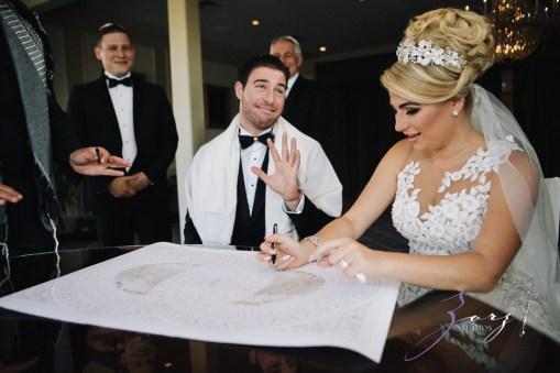 Shall We Dance? Esther + Bernie = Classy Wedding by Zorz Studios (34)