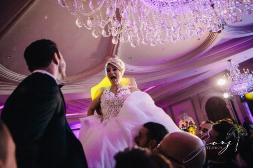 Shall We Dance? Esther + Bernie = Classy Wedding by Zorz Studios (24)