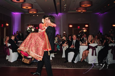 7th Circle: Manjula + Evan = Indian-Jewish Wedding by Zorz Studios (21)