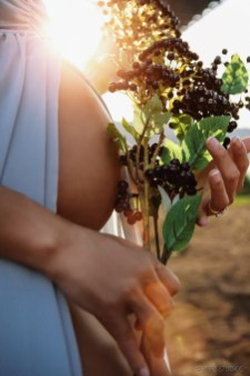 Creative Maternity and Pregnancy Photos in New York and Worldwide (64)