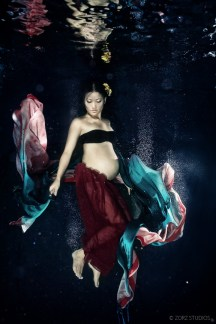 Creative Maternity and Pregnancy Photos in New York and Worldwide (11)