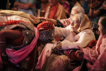 Fashionable Western Photographer for Indian Weddings in New York and India (39)